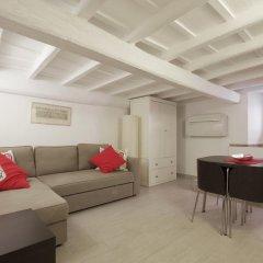 Отель Via Del GesÙ Holiday Home Рим комната для гостей фото 4