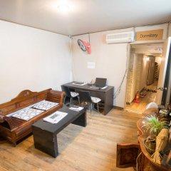 Beewon Guest House - Hostel Кровать в мужском общем номере с двухъярусной кроватью фото 3