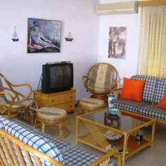Отель Polyxenia Isaak Annex Apartment Кипр, Протарас - отзывы, цены и фото номеров - забронировать отель Polyxenia Isaak Annex Apartment онлайн интерьер отеля