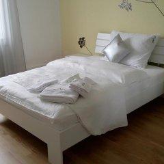 Отель Residence Serviced House Стандартный номер с двуспальной кроватью (общая ванная комната) фото 3