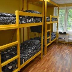 Отель Kokos Кровать в общем номере