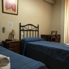 Отель Hostal El Pilar Стандартный номер с двуспальной кроватью фото 11