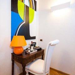Отель Domus Spagna Capo le Case Luxury Suite 3* Стандартный номер с различными типами кроватей фото 9