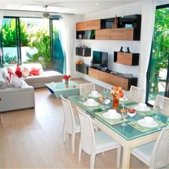Отель Baan Bua Nai Harn 3 bedrooms Villa питание