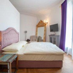 Hotel Pension Museum 3* Стандартный номер с двуспальной кроватью фото 4