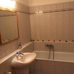 Отель Blanca Apartman Венгрия, Будапешт - отзывы, цены и фото номеров - забронировать отель Blanca Apartman онлайн ванная
