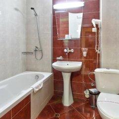 Отель Family Hotel Gabrovo Болгария, Боженци - отзывы, цены и фото номеров - забронировать отель Family Hotel Gabrovo онлайн ванная фото 2