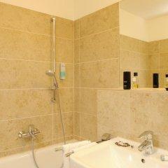 Hotel Blauer Bock 3* Номер Эконом разные типы кроватей (общая ванная комната) фото 6
