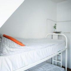 Hostel Petya and the Wolf V.O. Кровать в общем номере фото 5