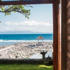 Отель Relax Beach Resort Candidasa пляж