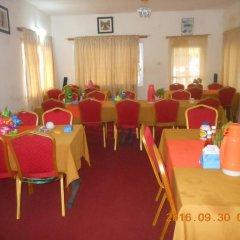 Отель Mariam Сьерра-Леоне, Фритаун - отзывы, цены и фото номеров - забронировать отель Mariam онлайн помещение для мероприятий