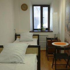 Гостиница Города 3* Стандартный номер с 2 отдельными кроватями (общая ванная комната) фото 3