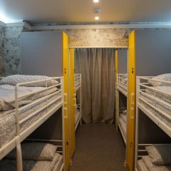 Хостел Обской Кровати в общем номере с двухъярусными кроватями фото 2