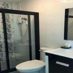 Отель Khung Wimarn Beach Home ванная