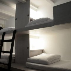 3howw Hostel @ Sukhumvit 21 Кровать в общем номере фото 4