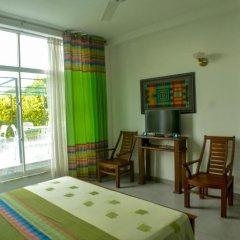 Отель Villa Baywatch Rumassala 3* Стандартный номер с двуспальной кроватью фото 11
