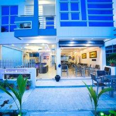 Отель The White Harp Beach Hotel Мальдивы, Мале - отзывы, цены и фото номеров - забронировать отель The White Harp Beach Hotel онлайн городской автобус
