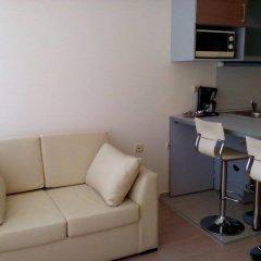 Апартаменты Bulgarienhus Sun City 3 Apartments Солнечный берег комната для гостей фото 2