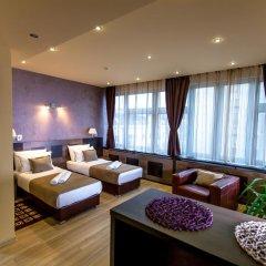 Отель Amarilis 717 Улучшенный номер с различными типами кроватей