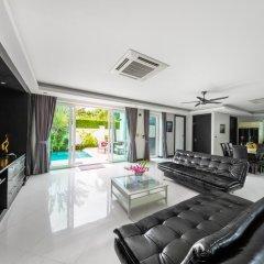 Отель Villas In Pattaya 5* Стандартный номер с различными типами кроватей фото 39