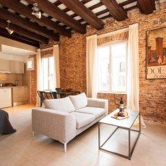 Отель Decimononico Borne Studios Барселона комната для гостей фото 2