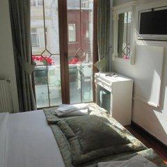 Отель La Petite Maison 3* Стандартный номер с двуспальной кроватью фото 12
