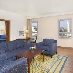Отель Courtyard by Marriott Dubai Green Community Представительский люкс с различными типами кроватей фото 4