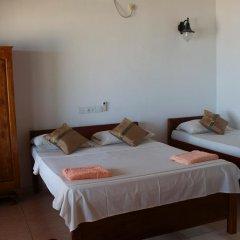 Drifters Hotel & Beach Restaurant Номер Делюкс с различными типами кроватей