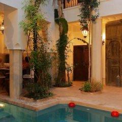 Отель Riad Tawanza Марокко, Марракеш - отзывы, цены и фото номеров - забронировать отель Riad Tawanza онлайн бассейн фото 3