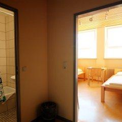 Haus International Hostel Стандартный номер с 2 отдельными кроватями фото 3