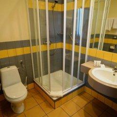 Hotel Tumski 3* Стандартный семейный номер с разными типами кроватей фото 12