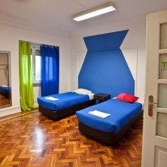 Отель Tagus Palace Hostal 2* Стандартный номер с 2 отдельными кроватями (общая ванная комната)