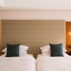 Отель Sheraton Grande Walkerhill Номер Делюкс с различными типами кроватей фото 5