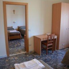Отель Madre Chiara Domus комната для гостей фото 2