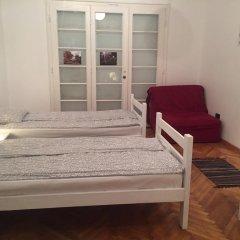 Mosaic Hostel Belgrade Кровать в общем номере с двухъярусной кроватью фото 6