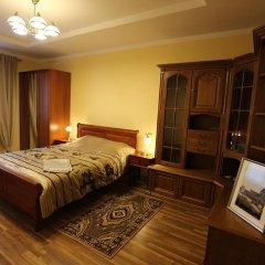 Отель Modern Castle сейф в номере