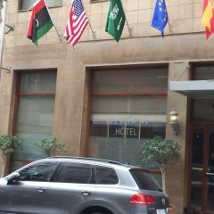 Hotel Les Saisons парковка