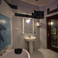 Отель Opera Kaskad Bagramyan 2 Apartment Армения, Ереван - отзывы, цены и фото номеров - забронировать отель Opera Kaskad Bagramyan 2 Apartment онлайн ванная фото 2