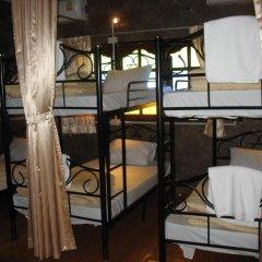 Отель Gotum Hostel & Restaurant Таиланд, Пхукет - отзывы, цены и фото номеров - забронировать отель Gotum Hostel & Restaurant онлайн комната для гостей