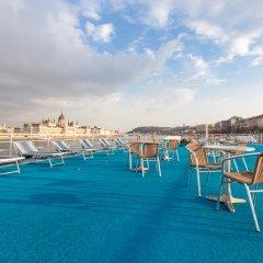 Отель OnRiver Hotels - MS Cezanne Будапешт бассейн