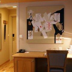 Отель Hotell Refsnes Gods 4* Стандартный номер с двуспальной кроватью