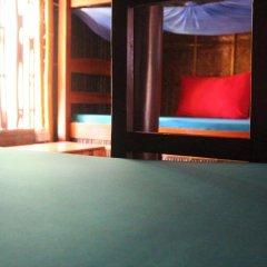 Отель Under the coconut tree Кровать в общем номере с двухъярусной кроватью фото 9