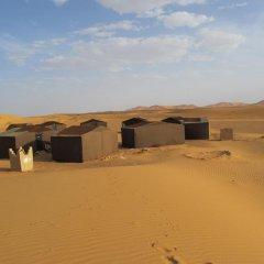 Отель Sandfish Марокко, Мерзуга - отзывы, цены и фото номеров - забронировать отель Sandfish онлайн парковка