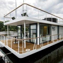 Отель VIPliving Houseboat Номер Делюкс фото 4