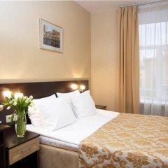 Гостиница Невский Бриз 3* Улучшенный семейный номер с разными типами кроватей фото 4