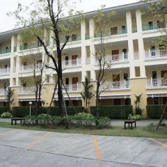 Отель The One Residence парковка
