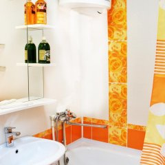 Гостиница Richhouse on Alihanova 40 Казахстан, Караганда - отзывы, цены и фото номеров - забронировать гостиницу Richhouse on Alihanova 40 онлайн ванная