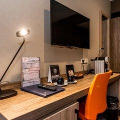 Отель XO Hotels Blue Tower 4* Стандартный номер с двуспальной кроватью фото 2