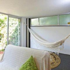 Апартаменты Apartment with Small Garden комната для гостей фото 4