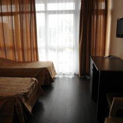 Гостиница Континент в Лазаревском 2 отзыва об отеле, цены и фото номеров - забронировать гостиницу Континент онлайн Лазаревское комната для гостей фото 9